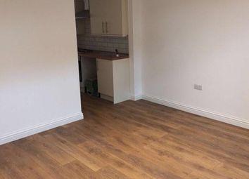 2 bed maisonette to rent in Lancaster Road, Enfield EN2