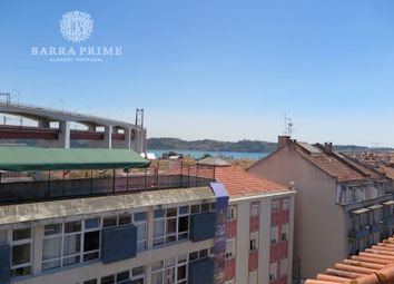 Thumbnail 6 bed apartment for sale in Alcântara, Alcântara, Lisboa