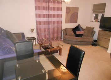 Thumbnail 2 bedroom flat to rent in Summerton Road, Oldbury