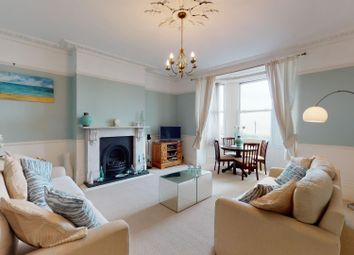 Victoria Parade, Broadstairs CT10. 2 bed flat for sale