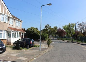 Thumbnail 5 bed terraced house to rent in Heathcote Avenue, London