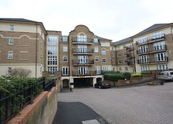 Thumbnail 2 bedroom flat to rent in Carmelite Drive, Reading