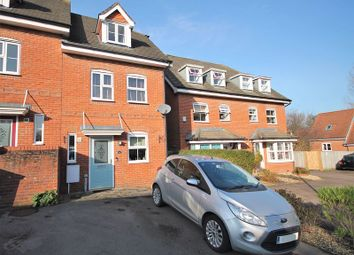 3 bed end terrace house for sale in Crowhurst Crescent, Storrington, Pulborough RH20