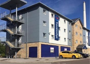 Thumbnail Commercial property to let in Retail Unit With Travelodge, Leeds Road, Huddersfield, West Yorkshire, UK