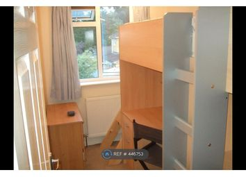 Thumbnail Room to rent in Forest Hills, Camberley