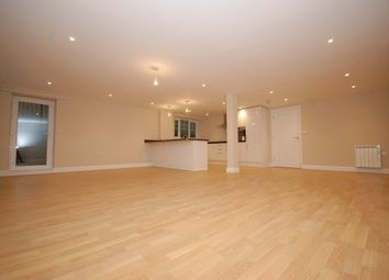Thumbnail 2 bed flat to rent in Grange Road, Uckfield