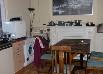 Thumbnail 5 bed shared accommodation to rent in 60 Queens Road, Hyde Park, Hyde Park, Hyde Park, Leeds, Hyde Park