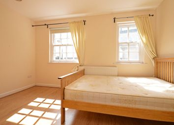 3 bed property to rent in Steels Lane, London E1