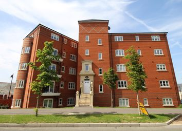 Thumbnail 2 bed flat to rent in Scarletts Road, Aldershot