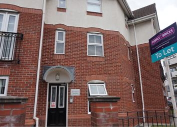 2 bed flat to rent in Briarfield Road, Manchester M20