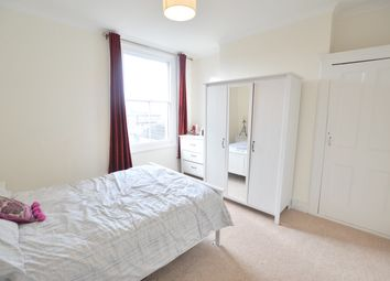 Thumbnail 1 bed flat to rent in Beauchamp Road, Clapham Junction