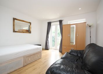 Thumbnail 1 bed flat to rent in Brassie Avenue, East Acton