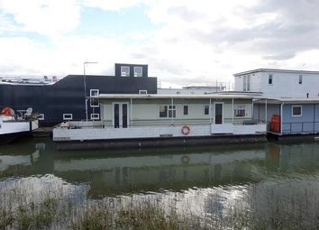 Thumbnail 2 bedroom houseboat for sale in Vicarage Lane, Hoo, Medway, Kent