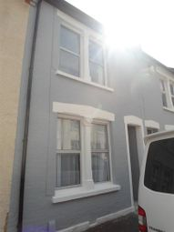 3 bed property to rent in St. Peter Street, Rochester ME1