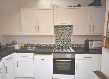 Thumbnail 2 bed flat to rent in Ramsden Road, Balham
