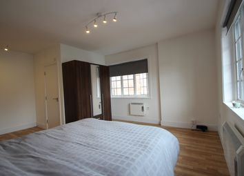 Thumbnail 4 bed shared accommodation to rent in Amersham Road, High Wycombe