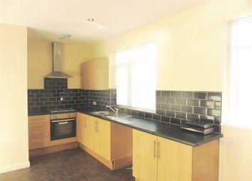 Thumbnail 2 bed flat to rent in Killinghall Road, Bradford
