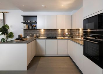 Thumbnail 2 bed flat for sale in Crimscott Street, London