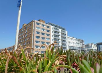 Thumbnail 1 bed flat to rent in Dorset Court, Kingsway, Hove