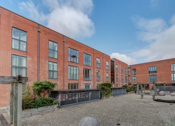 Thumbnail Flat for sale in Ascote Lane, Dickens Heath, Solihull