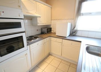 Thumbnail 1 bed flat to rent in Napier Road, Bromley