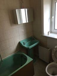 Thumbnail 1 bed cottage to rent in Upper Green, Bradford
