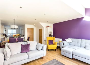 Thumbnail 4 bed property for sale in Fairviews, Oxted, Surrey