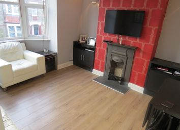 Thumbnail 3 bed maisonette to rent in Kitchener Road, East Finchley