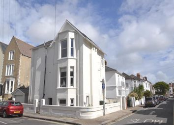 Thumbnail 2 bedroom flat to rent in Auckland Road West, Southsea