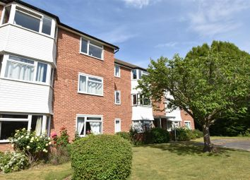 Thumbnail 2 bedroom flat to rent in Kingswood Close, Surbiton
