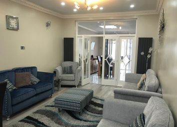 Thumbnail 6 bed terraced house to rent in Mortlake Road, Ilford