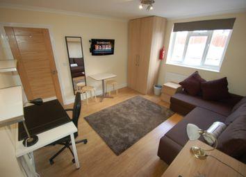 Thumbnail Studio to rent in Flat 1, Park Road, Hendon