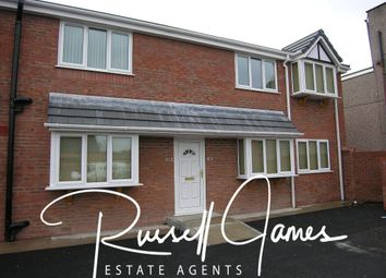 2 bed flat to rent in Westminster Road, Walkden, Manchester M28