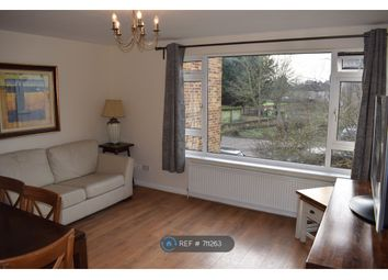 2 bed flat to rent in Budebury Road, Staines-Upon-Thames TW18