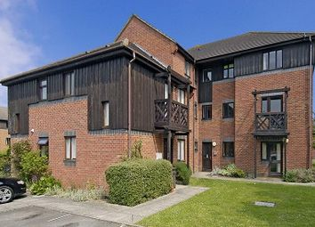 Thumbnail 1 bedroom flat to rent in Didcot, Oxfordshire