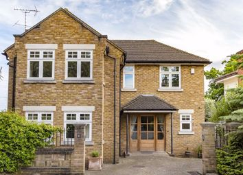 4 bed property to rent in High Cedar Drive, London SW20