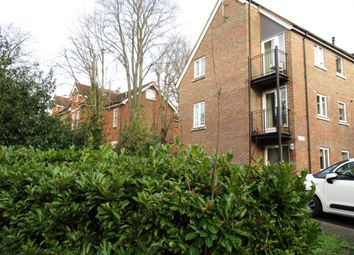 Thumbnail 1 bed flat to rent in Blossom Road, St. Peters Hill, Caversham, Reading
