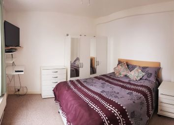 Room to rent in White Horse Road, London E1