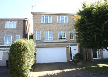 Thumbnail 4 bedroom detached house to rent in Haywards Close, Henley-On-Thames, Oxfordshire