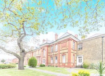 Thumbnail 2 bed flat for sale in Penrose House, Newsholme Drive, Winchmore Hill