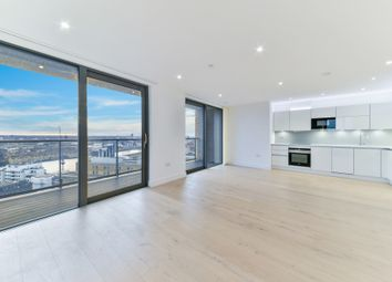 Thumbnail Flat to rent in Heritage Tower, 118 East Ferry Road, Canary Wharf, London
