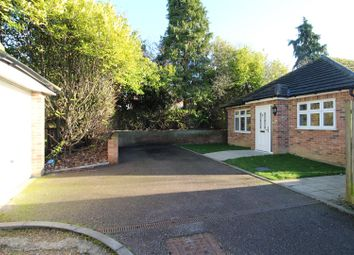 Thumbnail 3 bed detached bungalow to rent in Oakley Road, Leagrave, Luton
