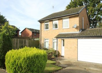 Thumbnail 3 bed link-detached house to rent in Speedwell Way, Horsham