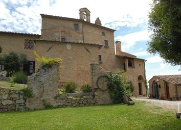 Thumbnail Country house for sale in Volterra, Pisa, Toscana