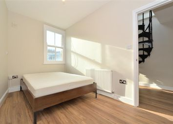 2 bed flat to rent in Great Eastern Street, London EC2A