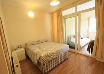 Thumbnail 1 bed flat to rent in Durnsford Rd, Wimbledon