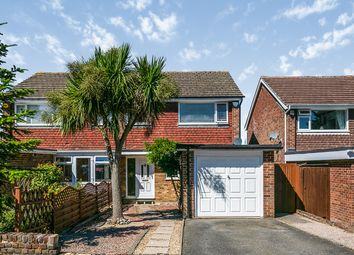 Cedar Close, Meopham, Kent DA13. 3 bed semi-detached house