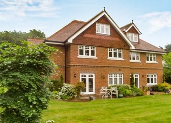Thumbnail 2 bed flat to rent in Mark Way, Godalming