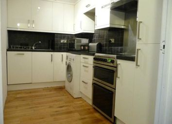 Orient Wharf, 74 Wapping High Street, Wapping, Shadwell, Aldgate, London E1W. 2 bed flat