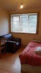 Thumbnail 2 bedroom shared accommodation to rent in Commercial Road, London